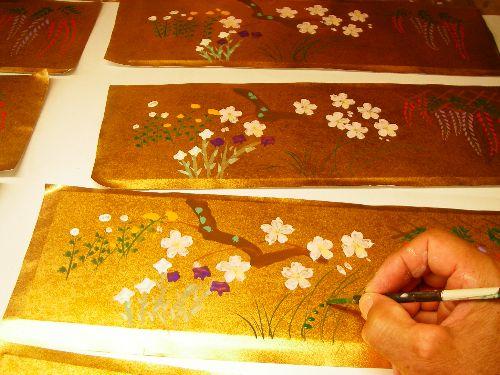 みかわ工房の四季の花を題材にした手作り屏風です。