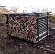 由布市に作ったみかわ工房の薪ストーブ用の棚