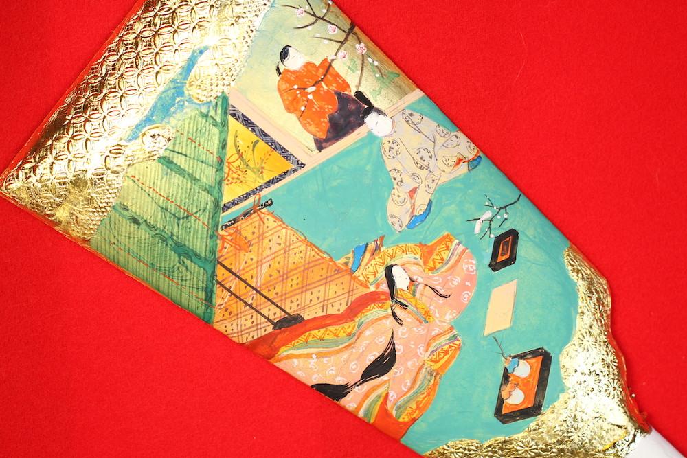 みかわ工房の源氏物語絵巻の羽子板で、「梅が枝」を描いています。