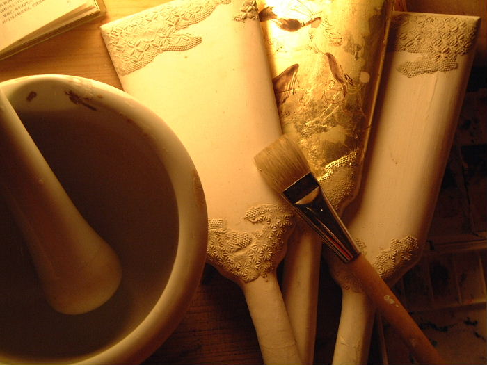 みかわ工房で京風の羽子板の復元に取り組んだものです。